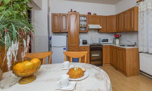 Kuchyň v bytě